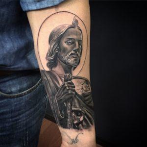 Tatuajes de San Judas Tadeo en el pie