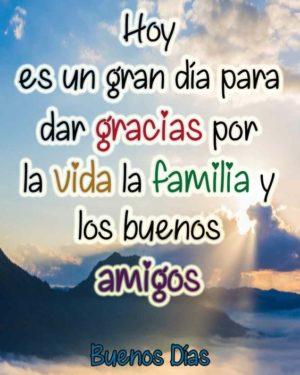 Buenos días familia dios los bendiga